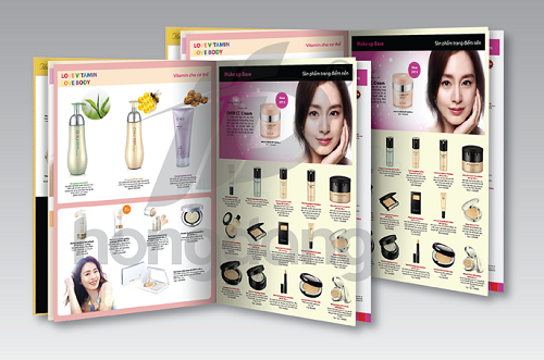 In catalogue mỹ phẩm makeup